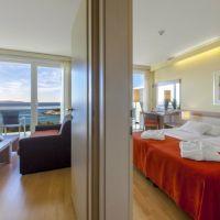 aurora-rooms-suites-1.jpg